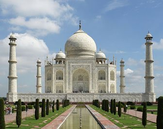 transport services in delhi, volvo bus from delhi to agra, delhi to agra bus service