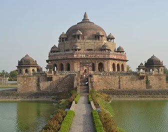 sightseeing in new delhi, historical places in delhi, delhi tourist attractions