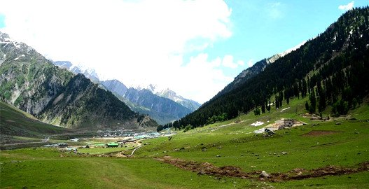 place to visit in Sonmarg, sonmarg sightseeing tour , thajiwas glacier in sonmarg, sonmarg weather , best hotels in sonamarg, volvo bus service from delhi to jammu